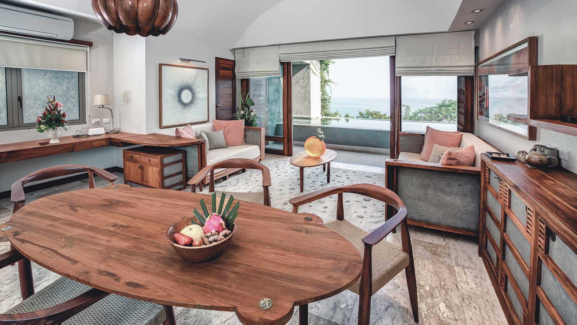 Penthouse Pool Suite